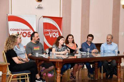 10 mil pen drives: La desopilante idea de la Muni para reemplazar la folletería del Festival infantil