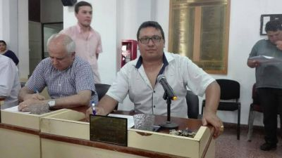 """Otro concejal de Massa se pasa al felipismo: Su referente aseguró que es un """"inmoral"""""""