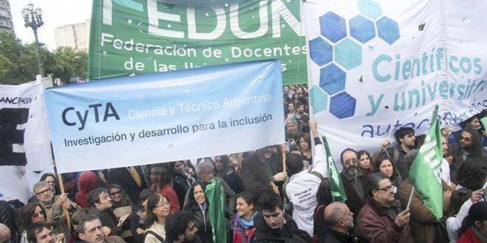 FEDUN anunció que los docentes universitarios cobrarán el bono de fin de año