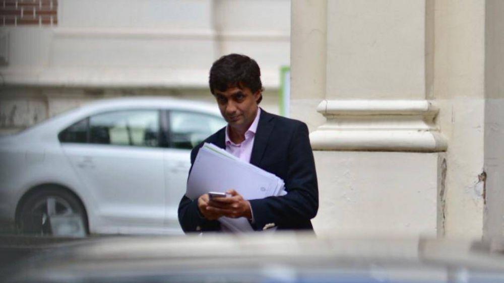 Vidal cede ante los intendentes y absorbe subsidios para sumar los votos del peronismo