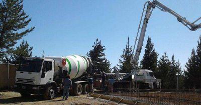 Avanzan las obras de provisión de agua potable para barrios del Este