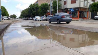 Roca: preocupan los desbordes sobre 9 de Julio y el plazo estipulado para las obras