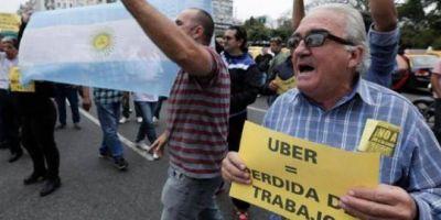 """En la Federación de Taxis están """"sacados"""" con el fallo a favor de Uber: """"Habría que ver cuál era el estado mental del juez"""""""