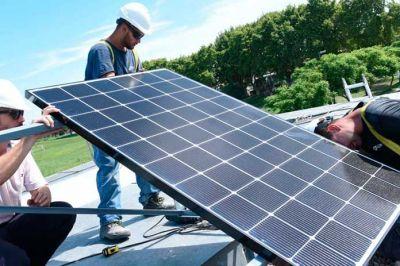 Dictan curso para la instalación de paneles solares en San Javier
