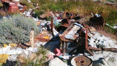 Implementan programa de recuperación de áreas naturales en Puerto Deseado