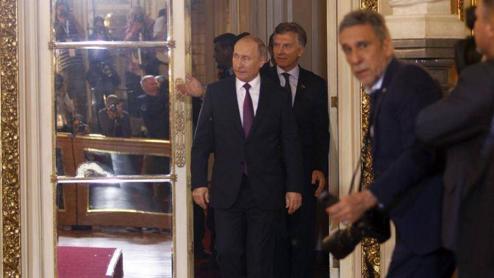 Putin anunció que construirá una central nuclear y Faurie lo contradijo