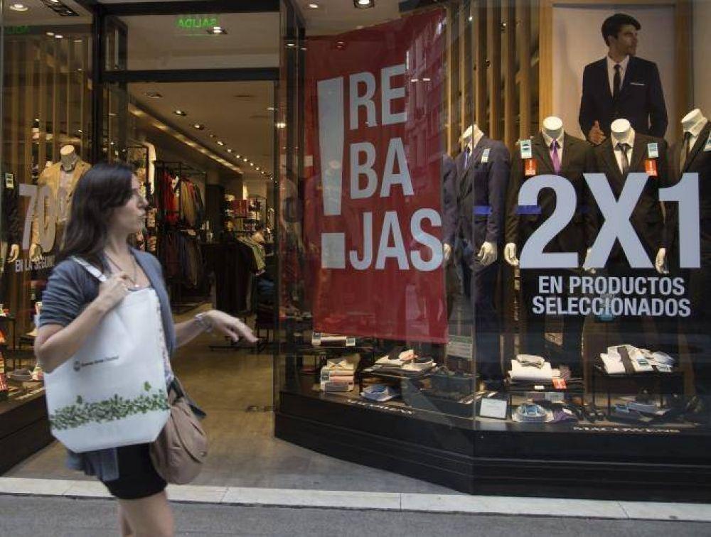 Caída del consumo: presionan los empresarios al Gobierno para conseguir la Reforma Laboral