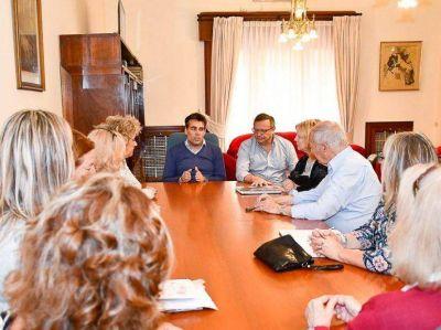López y la cooperadora del Hospital Ferreyra trazan nuevos proyectos