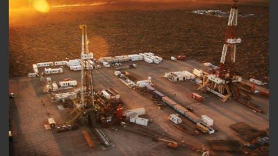 La petrolera de Galuccio se asocia con Shell para explorar en Vaca Muerta