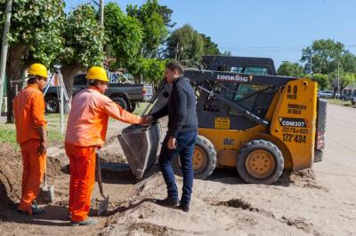 La Costa: De Jeus recorrió una serie de trabajos de asfalto en Mar de Ajó