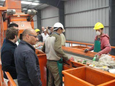 Reino inauguró la flamante planta de reciclado