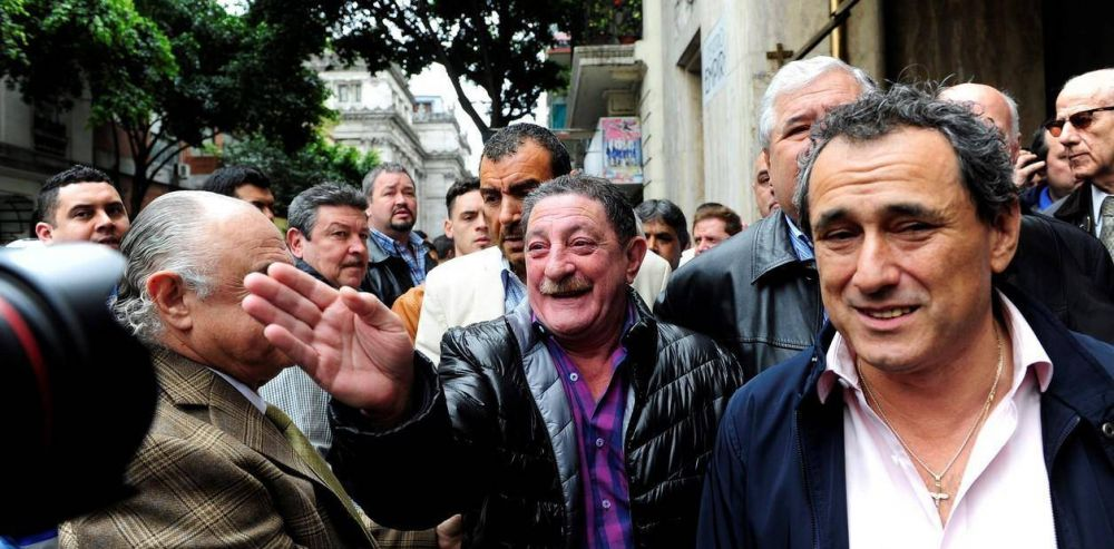 Omar Viviani fue reelecto como jefe del sindicato de Peones de Taxis