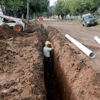 Avanza la obra de saneamiento que beneficiará a 35.000 vecinos