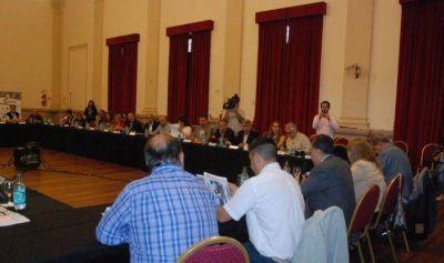 Con gran apuesta a la energía renovable se realizó la reunión plenaria del Clúster Olivícola