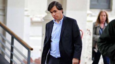 El ministro de Producción de Vidal se niega a dragar Dock Sud y hay malestar en YPF y Shell