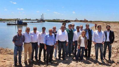 Junto a ministros bonaerenses e intendentes de la región, Barroso recorrió obras del Salado