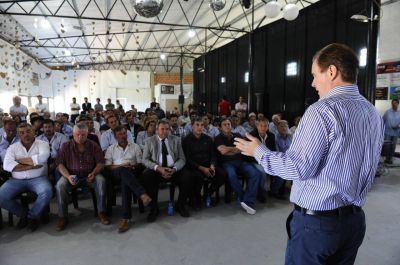 Unánime respaldo de intendentes y dirigentes peronistas del departamento Uruguay a la reelección de Bordet