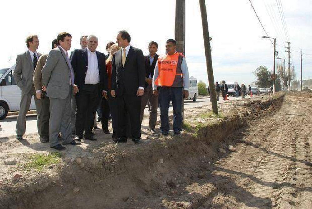 Scioli, Díaz Pérez y Rossi, recorrieron las obras de la futura Autovía de la Ribera