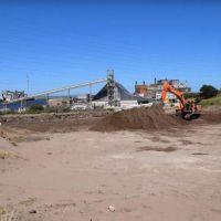 Puerto Quequén recibirá en un mes su primera carga de molinos eólicos