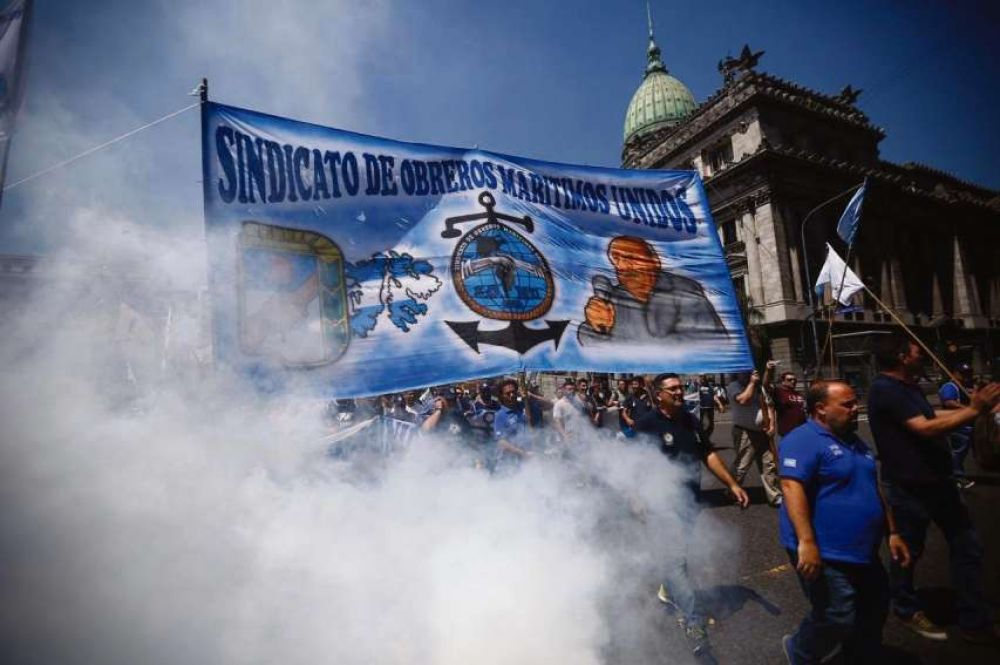 Los marítimos reclamaron una recomposición salarial de 45%