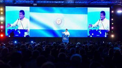 Massa abandona la avenida del medio y busca polarizar con Macri