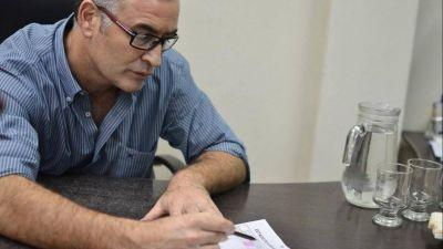 El intendente de Ramallo considera perdida la inversión del puerto de Gasprombank