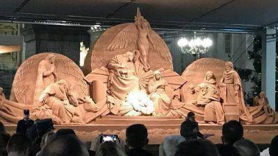 Papa Francisco afirma que símbolos navideños expresan la ternura de Dios