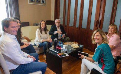 Aprile recorrió Pigüé y Carhué junto a la gobernadora Vidal