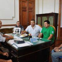 Con foco en el aumento salarial, municipales irán a asamblea el jueves