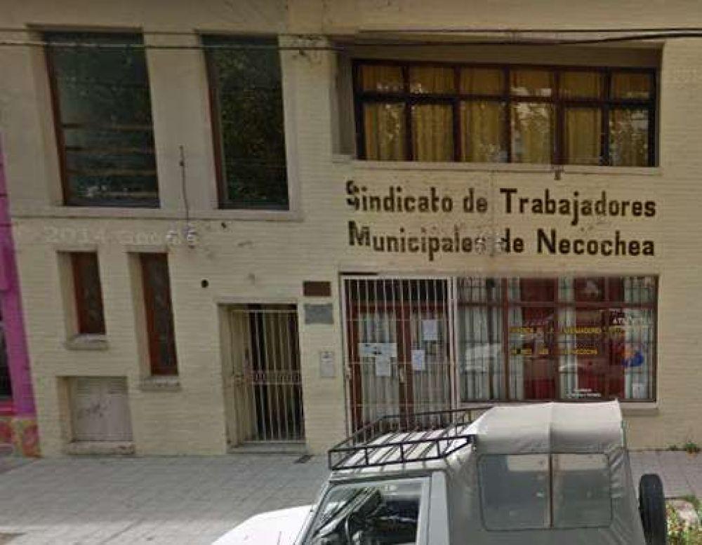 Municipales de Necochea y la Zona inician paro y quite de colaboración