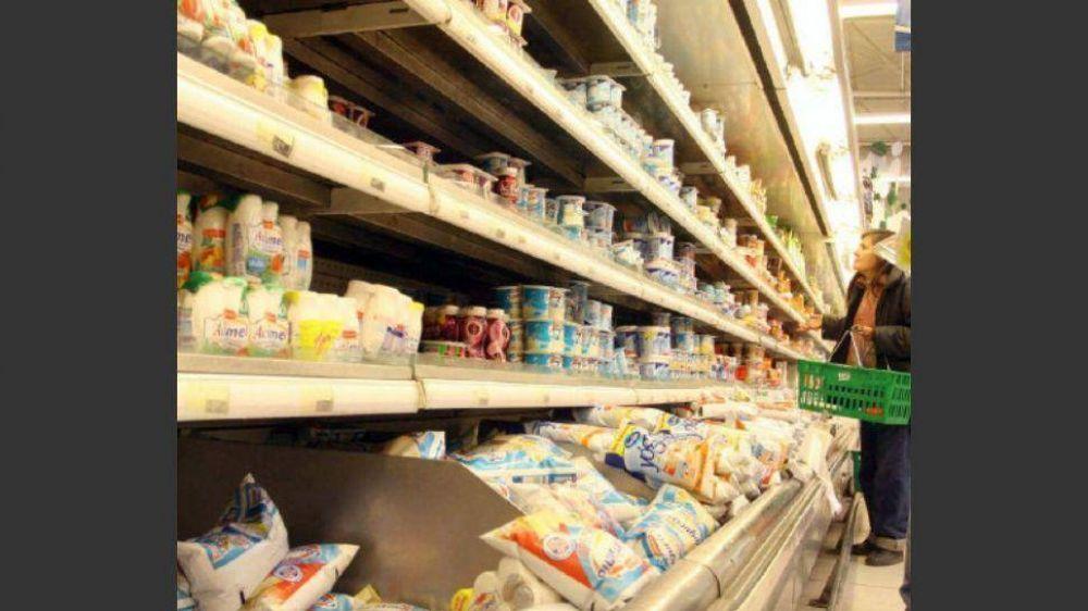 El consumo masivo cayó casi el 6% en noviembre y llegó al 8,5% en autoservicios