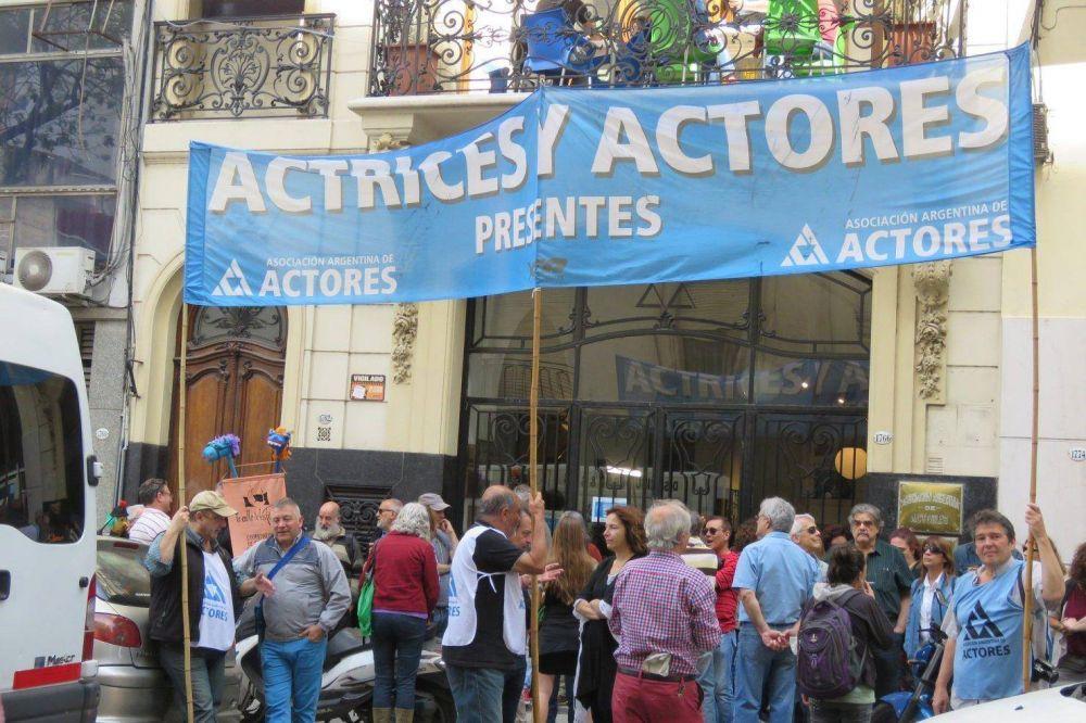 Sindicato de actores suspendió la afiliación de Darthés tras la denuncia por violación