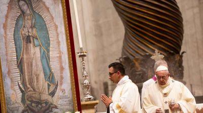 Virgen de Guadalupe enseña a no buscar soluciones mágicas para América, dice el Papa
