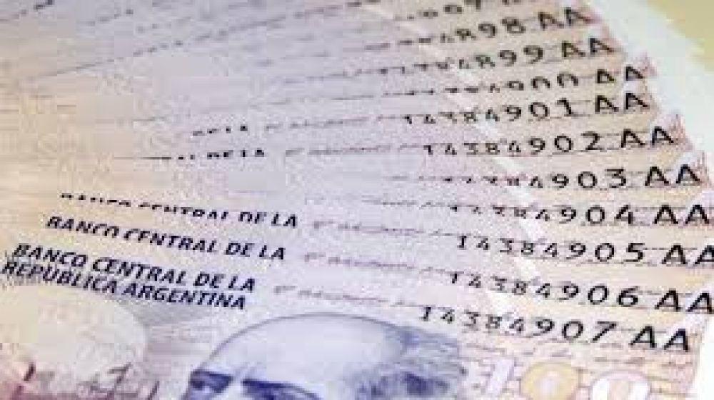 Tigre ofrece bonos a los municipales por $16.000