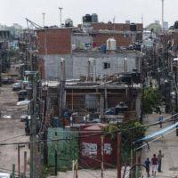 Los argentinos cada vez con menos ingresos: el PBI per cápita bajará 1,5%