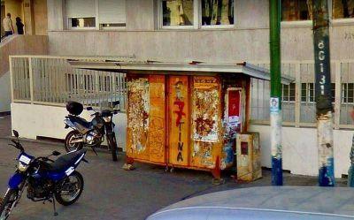 En La Plata cierran y desaparecen decenas de kioscos de diarios y ya no abren nuevos