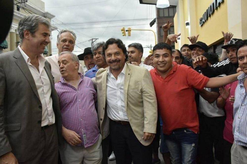Sáenz habilitó las mejoras realizadas en el mercado San Miguel