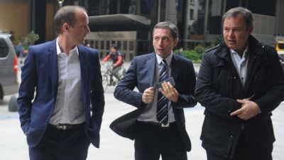 Los intendentes peronistas cruzan la idea de Vidal de desdoblar las elecciones