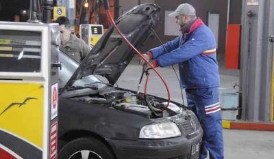 Diputados proponen declarar el gas de interés público y estatizar el mercado del GNC