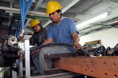 Por la crisis económica, la producción industrial pyme lleva siete meses consecutivos de caída