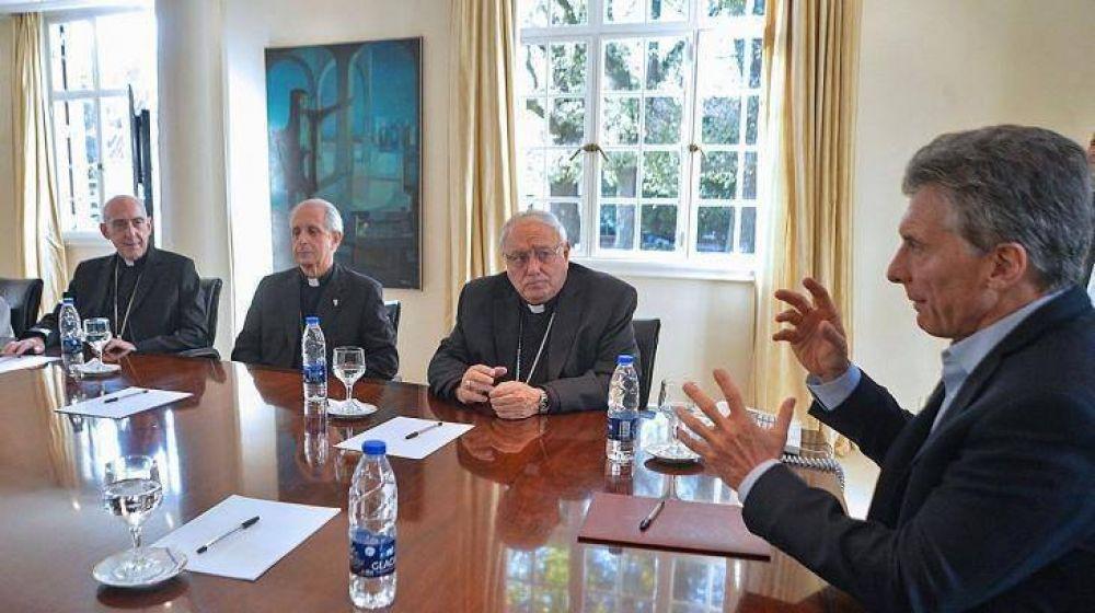 Hace las pases Macri con la iglesia de Francisco tras las críticas por la economía y el debate del aborto