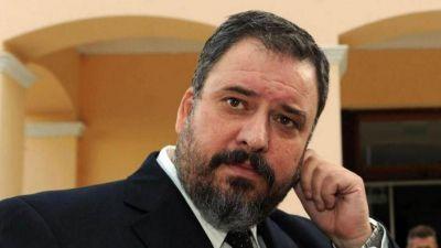 La gestión de Regueiro contrató a fiscal destituido por incumplimiento de deberes de funcionario público