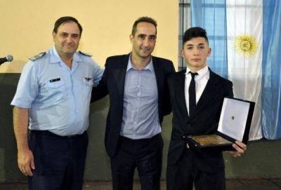 Tagliaferro participó del acto de graduación del Instituto Nacional de Aviación Civil