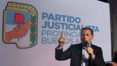Con fuerte impronta kirchnerista y respaldo sindical, Fernando Gray asumió como presidente del PJ Bonaerense