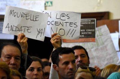 El Ejecutivo denunció al Concejo por restablecer la bonificación a los docentes municipales