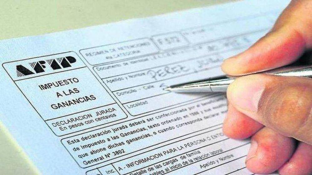 Ganancias para empleados: las deducciones a tener en cuenta