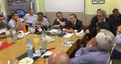 Pichetto le confirmó a los gremios que será candidato en 2019
