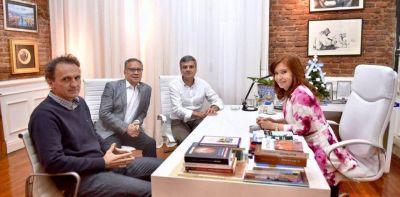 """Cristina Kirchner apunta a """"ganar la Provincia"""" porque """"así se gana la Nación"""""""