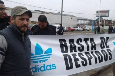 Chivilcoy: 600 despidos por cierre de fábrica de zapatillas