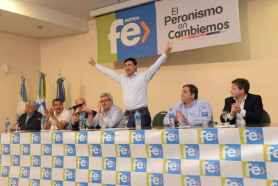 Pablo Ansaloni asumió la presidencia del Partido Fe